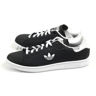 Adidas Original Stan Smith White and Black Sneakers | OUTFIT