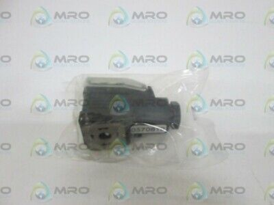 Hirschmann Connector Angle 0570819 *New In Bag*