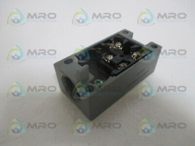 Industrial Mro 01053 Receptacle Replacement *New No Box*