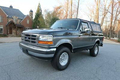 1993 Ford Bronco XLT Ford Bronco Full size  2 Tops Showroom condition  Survivor  Clean carfax 120k