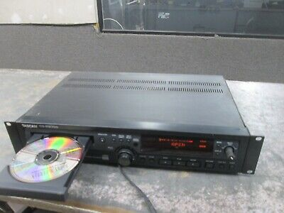 TASCAM CD-RW900 DIGITAL Recorder, box,manual and power cable