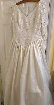 Bridal gown size 16 ivory/cream by Cupid bridal gowns