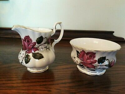 VTG - Royal Albert Bone China Gold Trim Open Sugar Bowl and Creamer