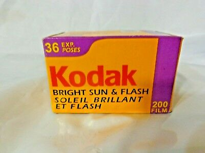 Kodak BRIGHT SUN & FLASH 35 mm ISO 200 Gold Film 36 Exposures 12/2003