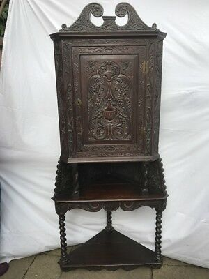 Georgian Antique Oak Corner Cupboard, Good Condition Wonderful Patina & Carvings