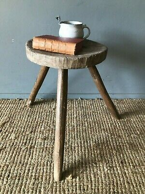 Absolutely Charming Rustic 18th C. Milking Stool Bedside Lamp Side Table Console