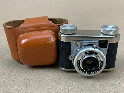 Tuxi Kunik vintage 1950s Subminiature Camera Made in Germany w/ Case - Clean