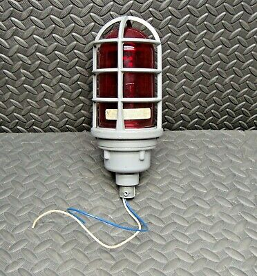 Killark VRG-100 Red Glass Globe Holder 03151AAA Guard 0220385 Lens Light