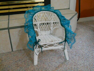 VINTAGE White WICKER CHAIR CHILDS DOLL BEAR DECORATIVE Blue Lace 12 INCHES Tall