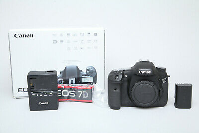 Boxed Canon EOS 7D 18MP DSLR Camera (Body Only) in Very Good Condition 16k Shots