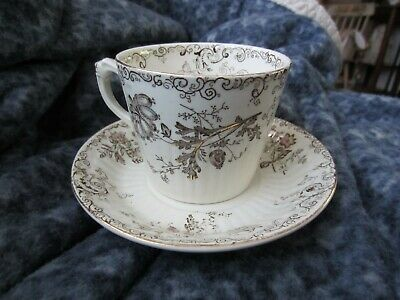 BEAUTIFUL CHELSEA PB&S CUP AND SAUCER Rd2665 VINTAGE