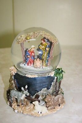 Kcare MUSICAL SNO MOTION WATER GLOBE-SNOW DOME- CHRISTMAS NATIVITY SCENE BNWT