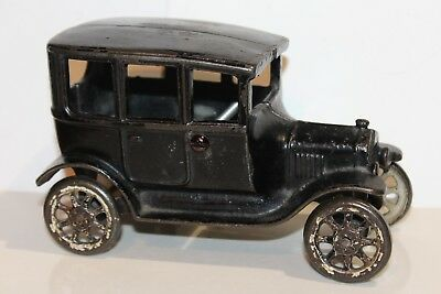 NICE VINTAGE 1920's ARCADE CAST IRON MODEL T FORD SEDAN