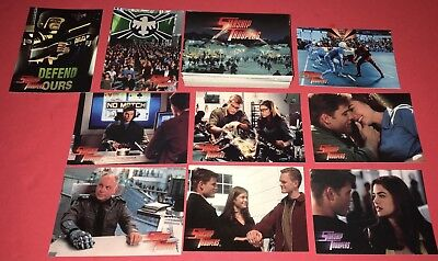 1997 Starship Troopers Gold Chase Card #1! NM!!
