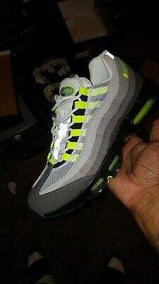 outlet store 5ad4a 01dd0 NIKE AIR MAX 95 size 11 neon 2018