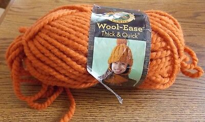 97 Meters Pumpkin Lion  640-133A Wool-Ease Thick /& Quick Yarn