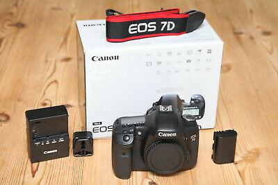 Boxed Canon EOS 7D 18MP DSLR Camera (Body Only) in Very Good Condition 58k Shots