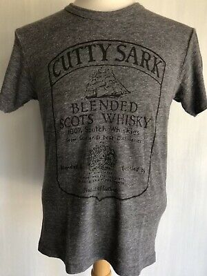 """CUTTY SARK Blended Scots Whiskey Official """"Vintage Distressed"""" T-Shirt Sz Large"""