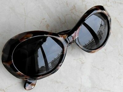 b976f0145a4b Vintage LAURA BIAGIOTTI LB 727 S 52  18 Women s Sunglasses made in Italy