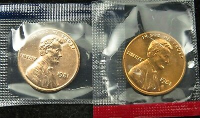 1981 P & D Uncirculated Lincoln Memorial Cent Penny Mint Cello (B02)