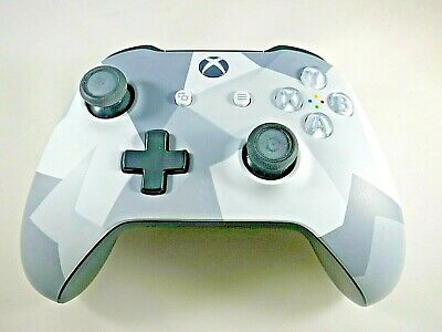 Xbox Wireless Controller 1708 - Winter Forces Special Edition (M1017007-002)