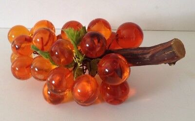 """Vintage Large Bunch of Lucite Acrylic Amber Gold Grapes Cluster Wood Vine 12"""""""