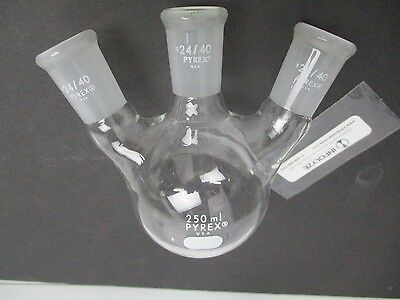 Pyrex 3 neck flask. Angled 24/40 joints. 250mL
