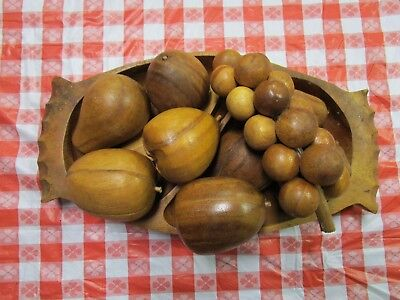 Vintage Divided Wooden Bowl With 10 Pieces Of Fruit