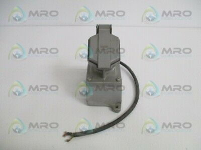 Crouse Hinds Cps152R Receptacle * Used *