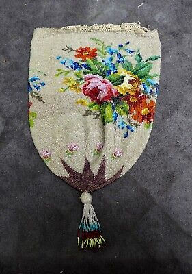 Antique and beautiful glass beaded bag with roses, Dutch 19th.century, beads