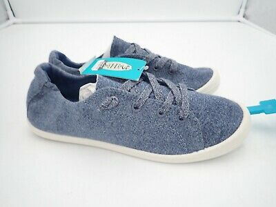 bbfb193ae8a WOMENS MAD LOVE by Steve Madden Lydia Jean Canvas Sneakers Slip On 6 ...