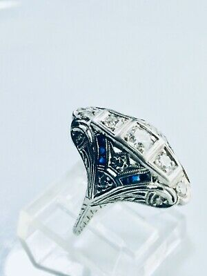 1910 Art  Deco Vintage Antique Platinum 0.45 Ct. Diamond Sapphire Filigree Ring
