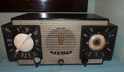 Vintage ZENITH Black Gold Lrg Clock Radio IT WORKS Functional 1950's Mid Century