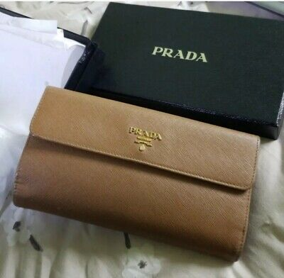 3e0b2664 PRADA WOMENS WALLET Leather