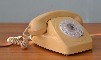 Mid century Cream Phone rotary telephone YLBT8