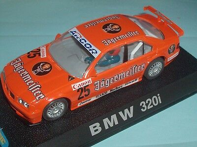 Scalextric BMW 320i