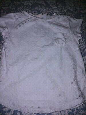Zara Casual Collection Girls Sz. 6/7 White Tee. Great Front Detail