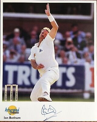 Ian Botham  - Genuine Autographed  Photo _Somerset And England Great