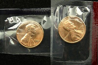 1990 P & D Uncirculated Lincoln Memorial Cent Penny Mint Cello (B03)