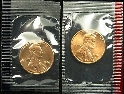1987 P & D Uncirculated Lincoln Memorial Cent Penny Mint Cello (B01)
