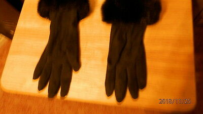 Worthington Gloves-Size L/XL-Black with faux fur