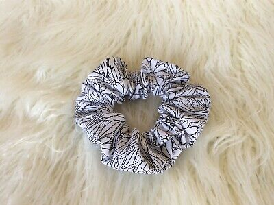 BLACK & WHITE FLORAL handmade COTTON SCRUNCHIE /PONY TAIL HOLDER/ HAIR RING