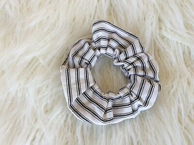 BLACK & WHITE STRIPES handmade COTTON SCRUNCHIE /PONY TAIL HOLDER/ HAIR RING