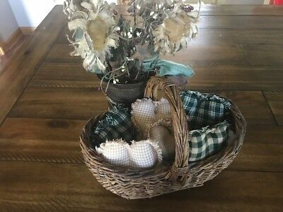 Farmhouse Plaid Ornies Bowl Fillers Rag PrImITive Hearts Tan Green Handmade