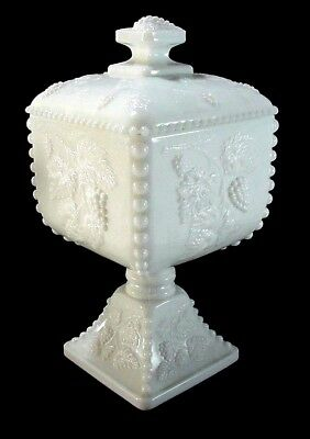 Westmoreland Beaded Grape Beaded Edge Milk Glass Pedestal Footed Cov Candy Bowl