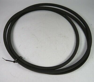 """Good Year B140 Industrial V-Belt 140"""" Long 0.66"""" Wide 0.41"""" Height ! WOW !"""