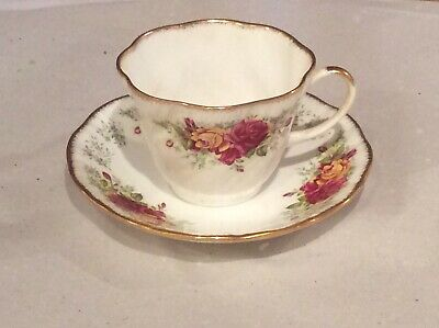 Queens China STRATFORD Teacup And Saucer X 3