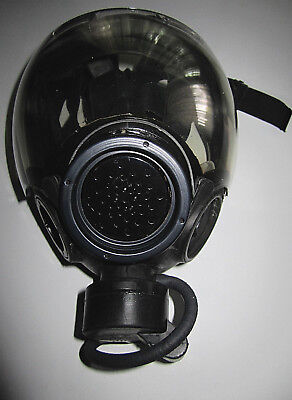 07 MSA 5479 Millennium Gas Mask with Omega Pouch Size S