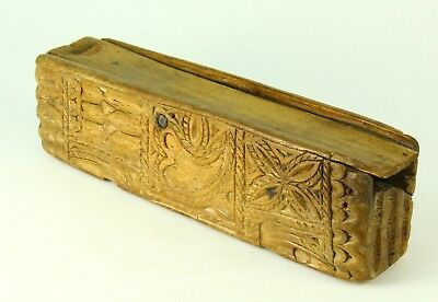 ! Antique 1500/1600's EARLY Chip Carved Treen Ware Wood Slide-Top Box Primitive