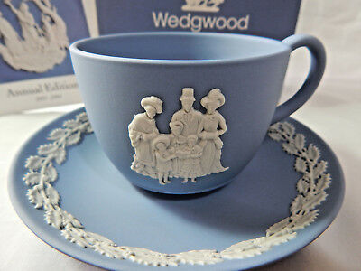 Wedgwood Blue Jasper Cup & Saucer Traditions 1993 Carol Singing Vintage Boxed